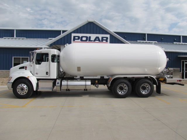 2017 Kenworth T370 with 5000 Gallon Tank